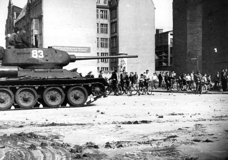 Soviet tanks roll into Berlin, June 1953 (Wikimedia Commons)